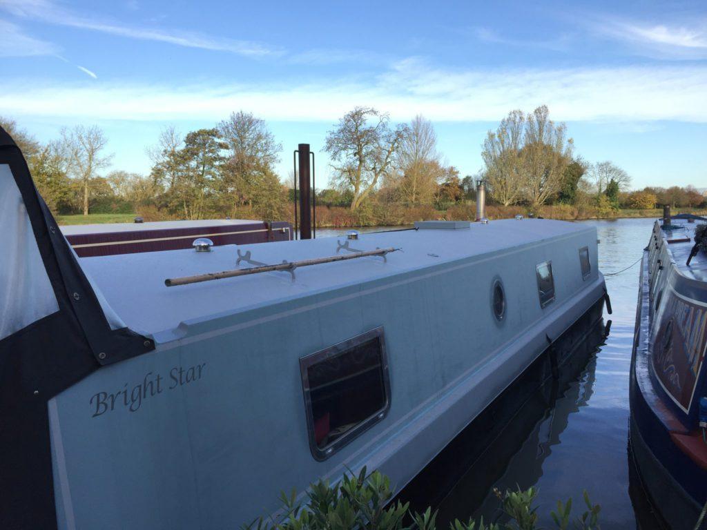 Houseboat_River_Thames