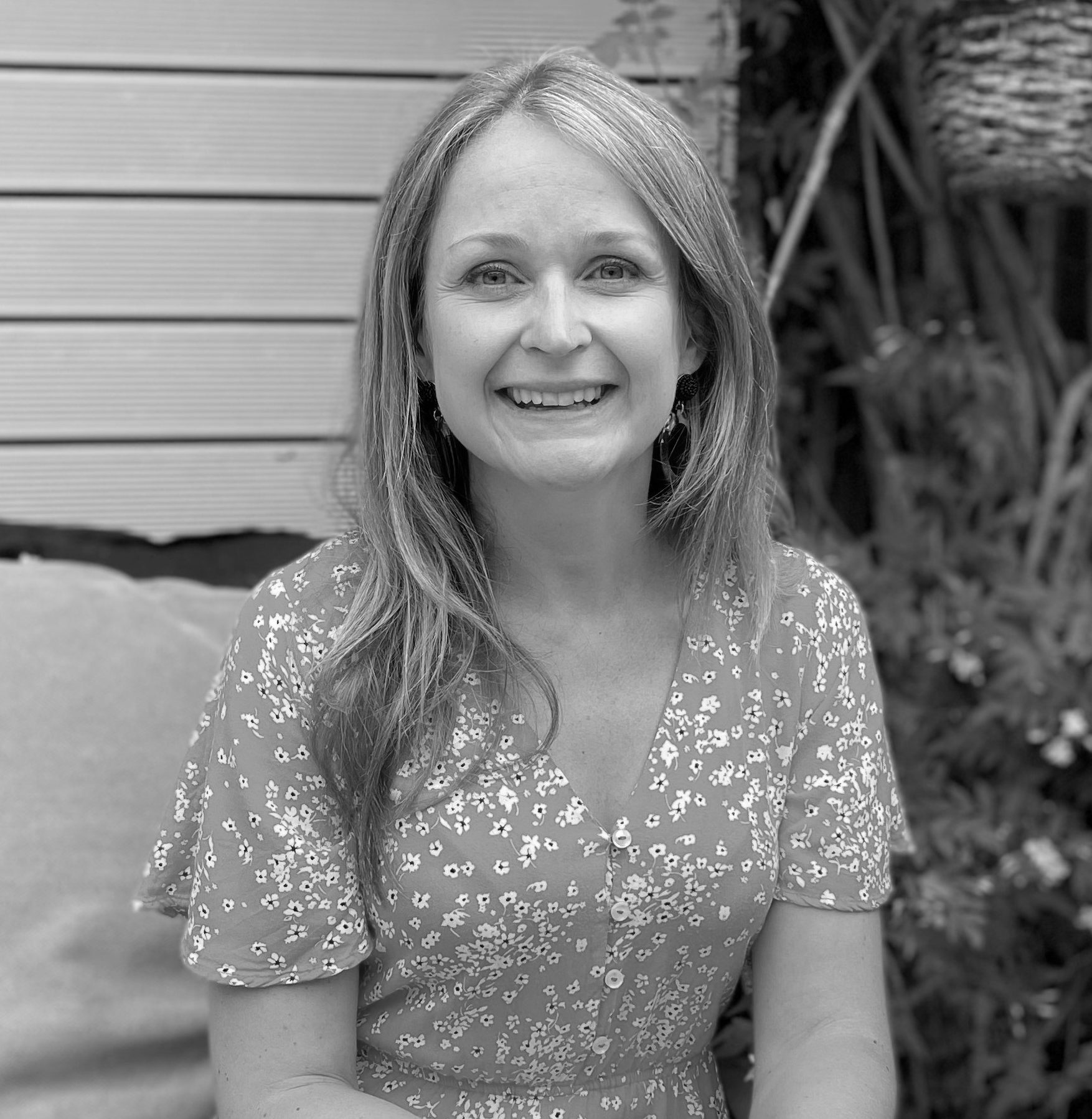 Laura Nicolson ~ Kent